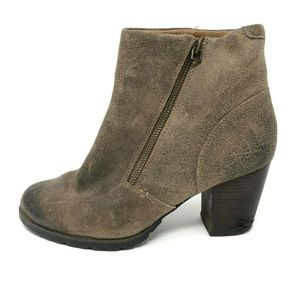 Clarks Womens 8 MISSION ALFA Heeled Ankle Boots